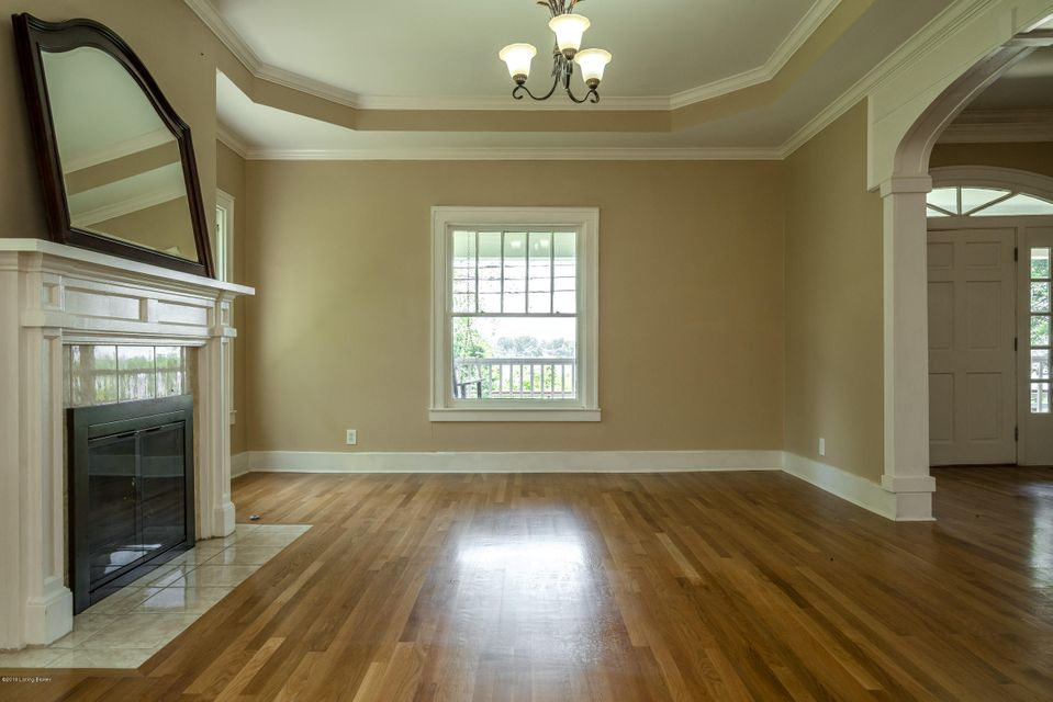 Additional photo for property listing at 4218 River Road  Louisville, Kentucky 40207 United States