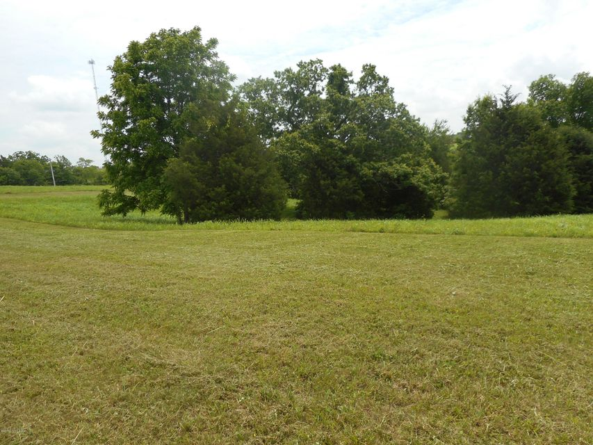 Additional photo for property listing at 1-B Tanglewood 1-B Tanglewood Taylorsville, Kentucky 40071 United States