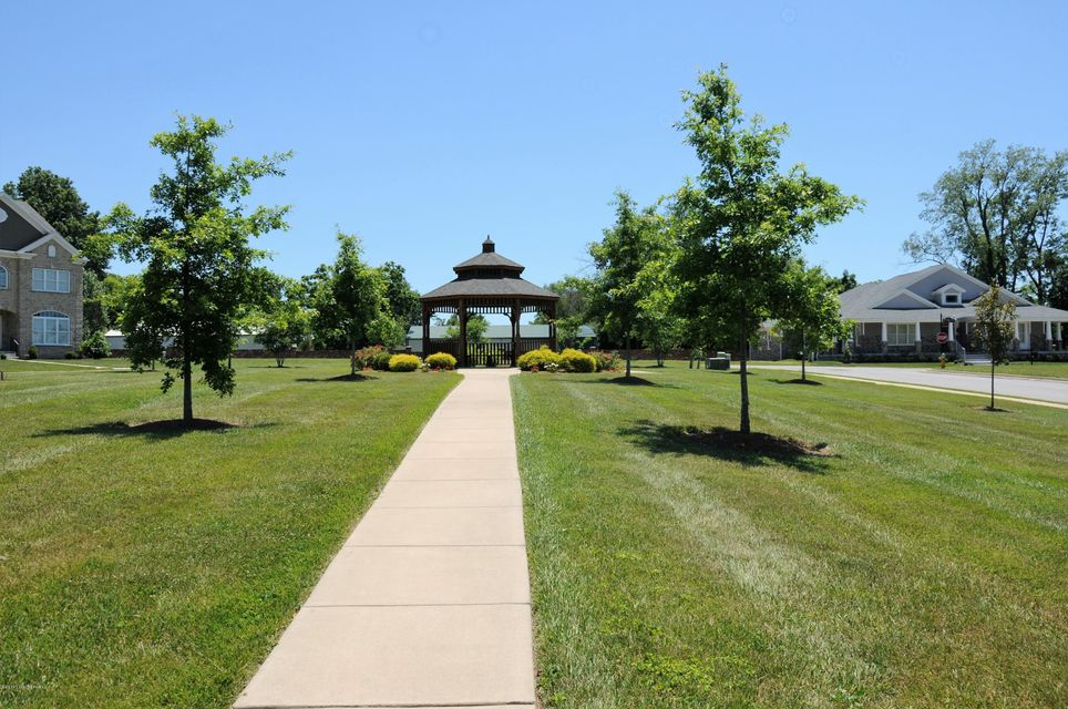 Additional photo for property listing at 4303 Kirkhill  Louisville, Kentucky 40207 United States