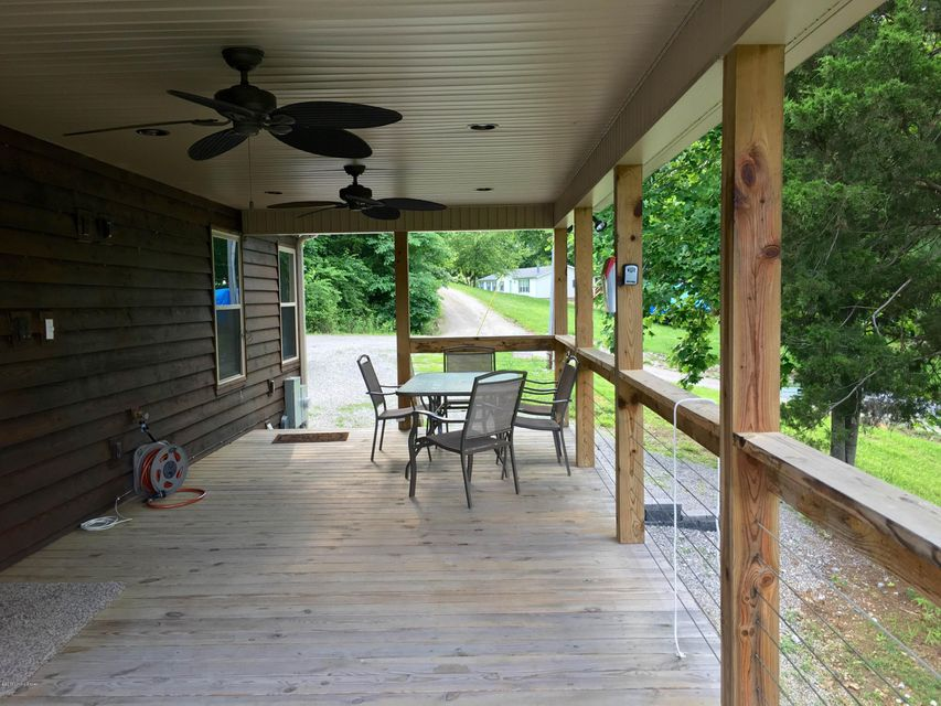 Additional photo for property listing at 226 Lilac Lane 226 Lilac Lane Cub Run, Kentucky 42729 United States