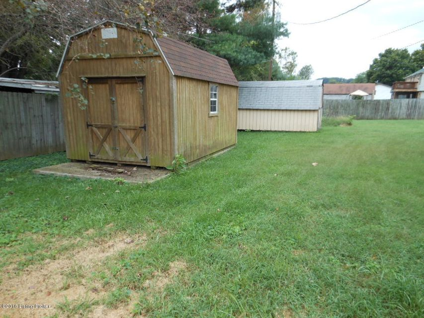 Additional photo for property listing at 1340 Bluelick  Hillview, Kentucky 40229 United States