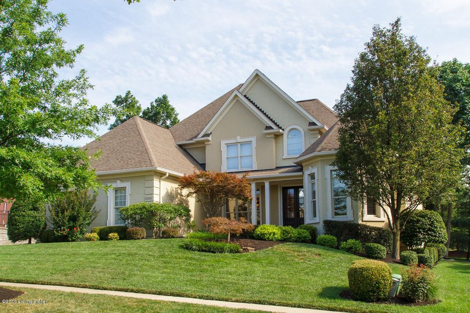 Single Family Home for Sale at 14504 Landis Lakes Drive Louisville, Kentucky 40245 United States