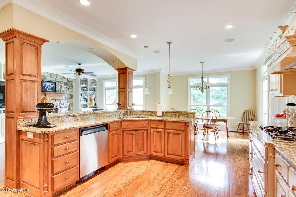 Additional photo for property listing at 14504 Landis Lakes Drive  Louisville, Kentucky 40245 United States