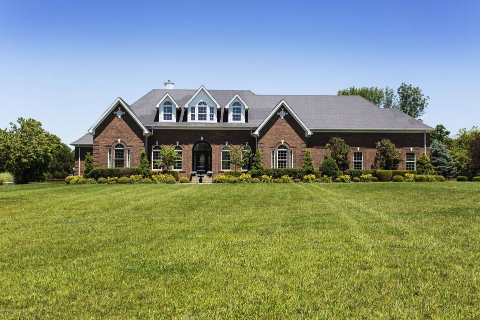 Single Family Home for Sale at 315 L'esprit Farm Road La Grange, Kentucky 40031 United States