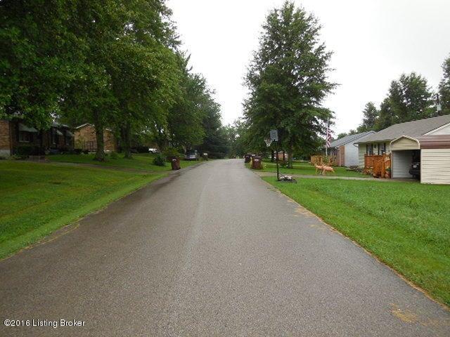Additional photo for property listing at Melodye Melodye Campbellsburg, Kentucky 40011 United States