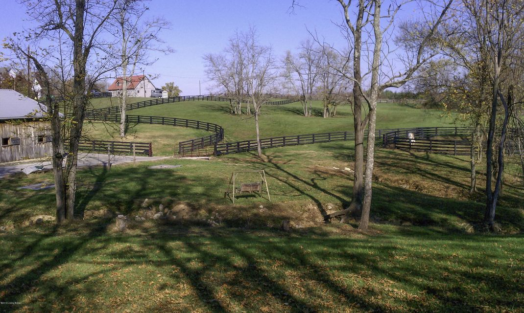 Additional photo for property listing at 300 Old Stone Drive  Simpsonville, Kentucky 40067 United States