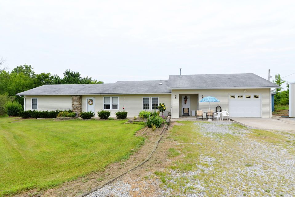 Single Family Home for Sale at 1415 Davis Lake Road Owenton, Kentucky 40359 United States