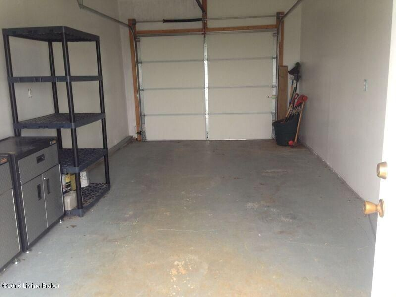 Additional photo for property listing at 107 Jackson Street  Radcliff, Kentucky 40160 United States