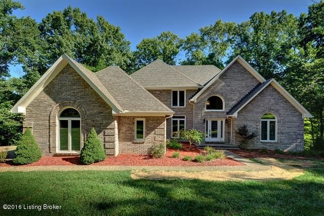 872 W Laurel River Dr, Shepherdsville, KY 40165