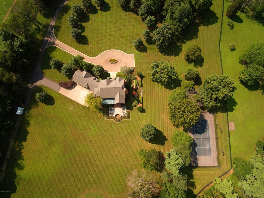Additional photo for property listing at 9811 Covered Bridge Road  Prospect, Kentucky 40059 United States