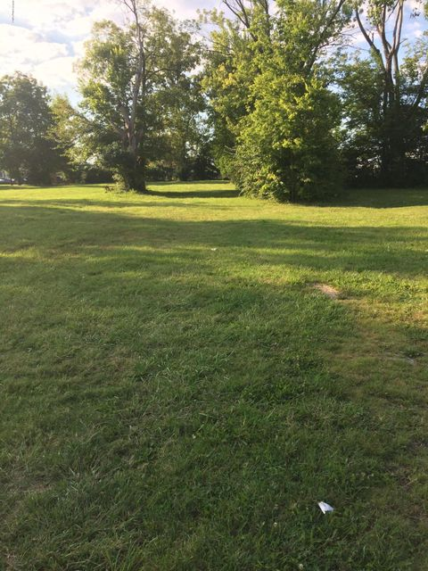 Additional photo for property listing at 659 Phillips  Louisville, Kentucky 40209 United States