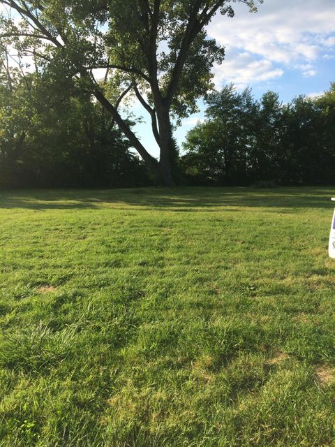 Additional photo for property listing at 703 PHILLIPS  Louisville, Kentucky 40209 United States