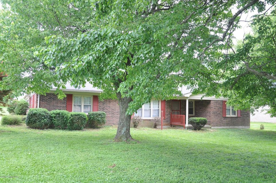 Single Family Home for Sale at 96 S Long Grove Road Glendale, Kentucky 42740 United States