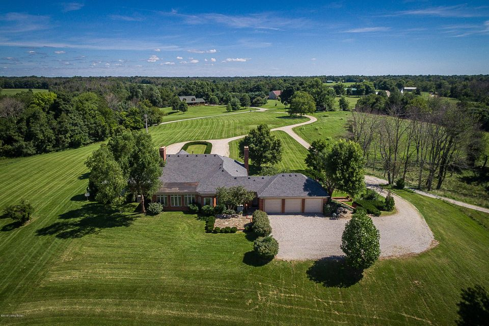 Additional photo for property listing at 1639 Scott Pike 1639 Scott Pike Waddy, Kentucky 40076 United States