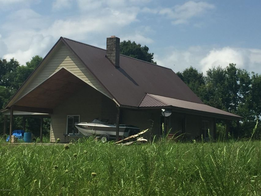 Single Family Home for Sale at 4061 Broadford Road Clarkson, Kentucky 42726 United States