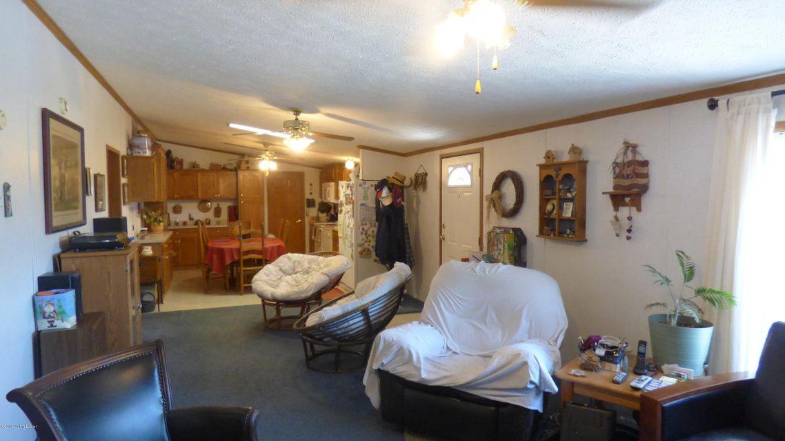 Additional photo for property listing at 106 Railroad Street  Taylorsville, Kentucky 40071 United States