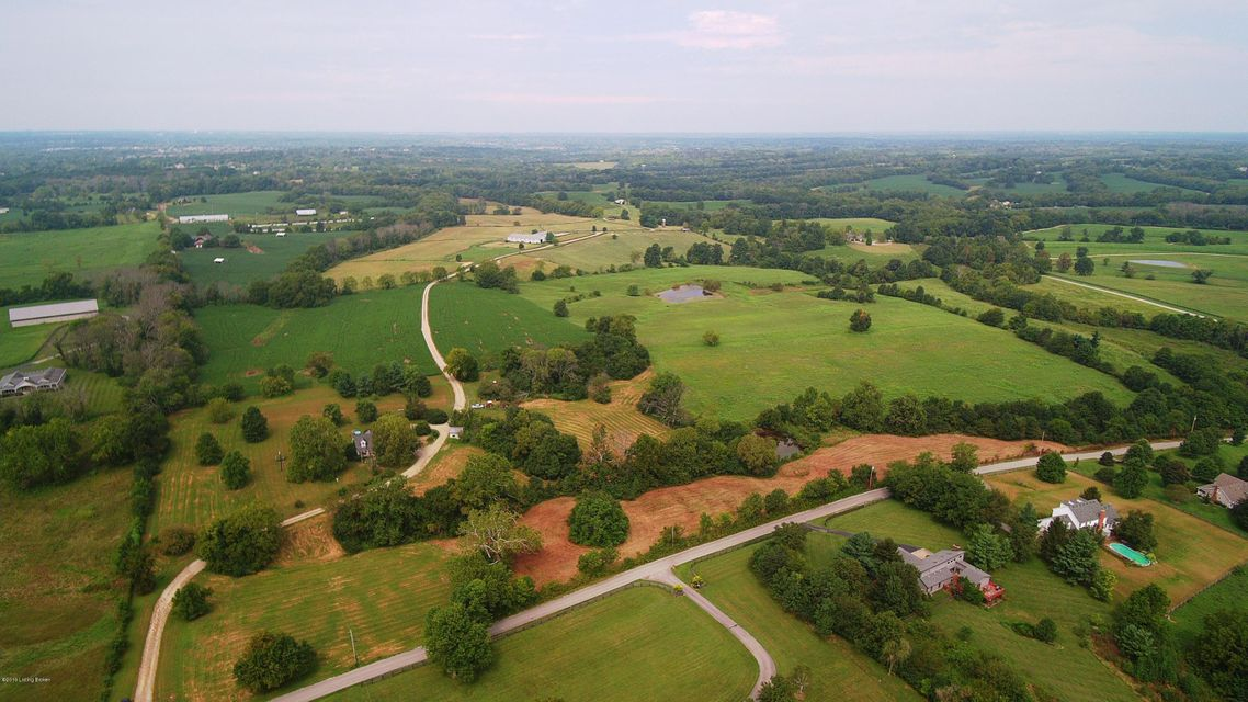 Additional photo for property listing at 547 Webb Road  Simpsonville, Kentucky 40067 United States