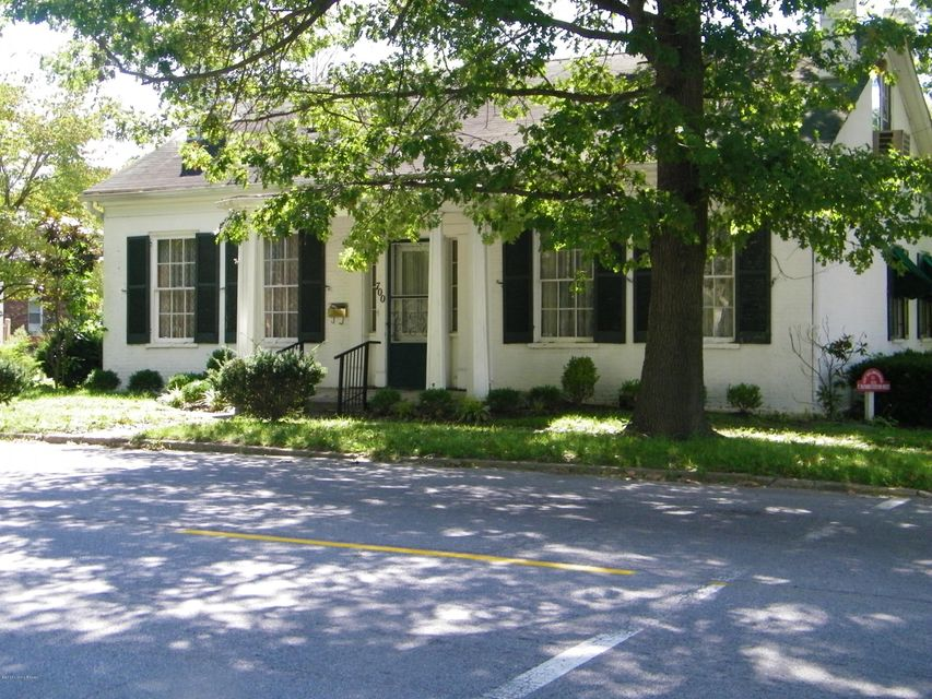 Single Family Home for Sale at 700 Highland Avenue Carrollton, Kentucky 41008 United States