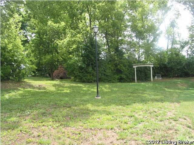 Additional photo for property listing at 1033 SILVER LEAF  Lawrenceburg, Kentucky 40342 United States