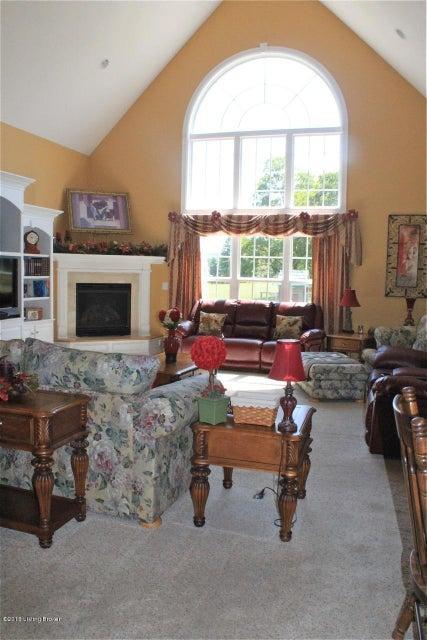 Additional photo for property listing at 739 Stoneyridge Wynde  Shepherdsville, Kentucky 40165 United States