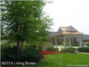 Additional photo for property listing at 7306 Autumn Trace  Louisville, Kentucky 40214 United States