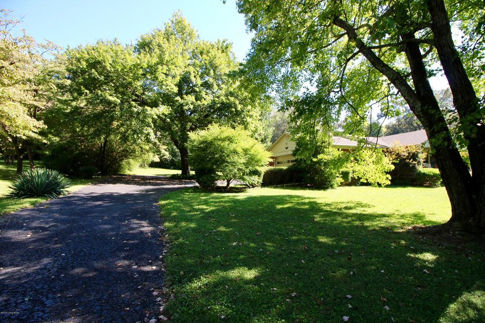 Additional photo for property listing at 329 Alexander Drive  Elizabethtown, Kentucky 42701 United States