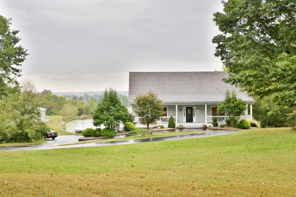 Single Family Home for Sale at 2100 Mayfield Drive Crestwood, Kentucky 40014 United States