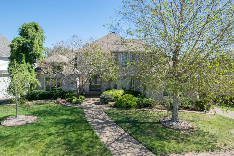 5401 River Creek Ct, Prospect, KY 40059