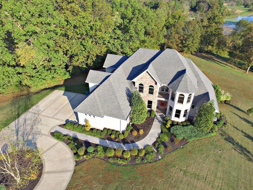 Additional photo for property listing at 300 Bellefonte Court  Simpsonville, Kentucky 40067 United States