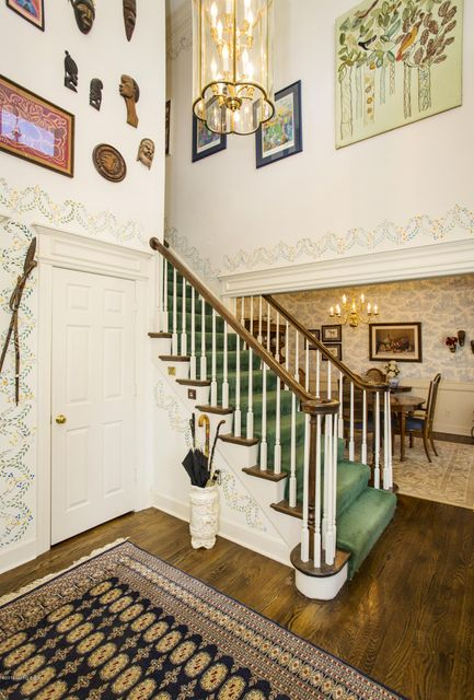 Additional photo for property listing at 5710 Fible Lane  Crestwood, Kentucky 40014 United States