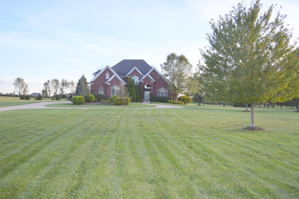 Additional photo for property listing at 9603 West Side Court  Crestwood, Kentucky 40014 United States