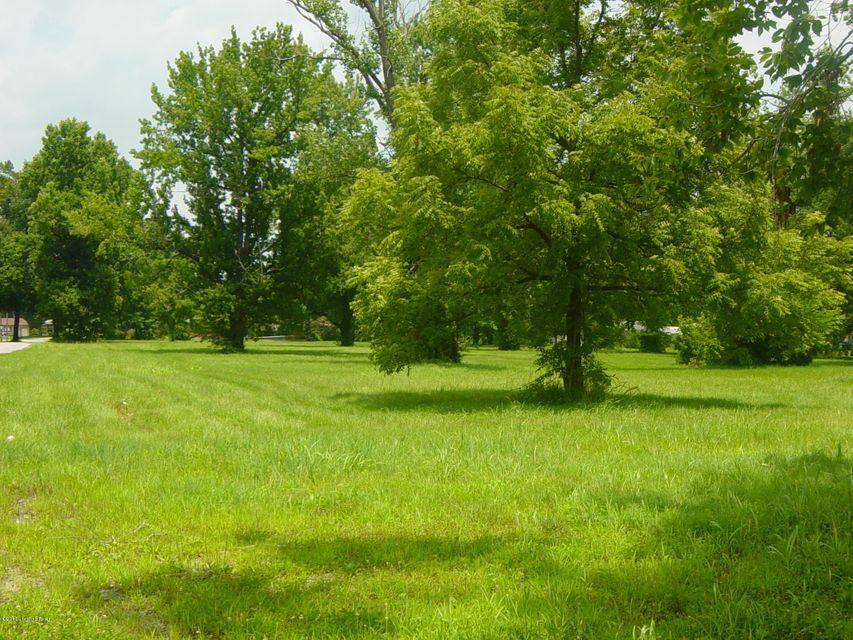 Additional photo for property listing at 5131 Johnsontown 5131 Johnsontown Louisville, Kentucky 40258 United States