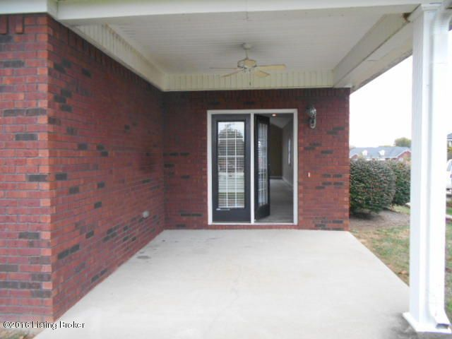 Additional photo for property listing at 106 Adison Avenue  Bardstown, Kentucky 40004 United States
