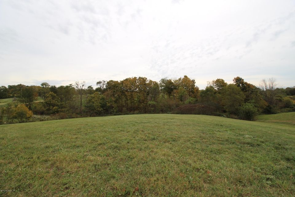 Additional photo for property listing at 1842 Bardstown 1842 Bardstown Waddy, Kentucky 40076 United States