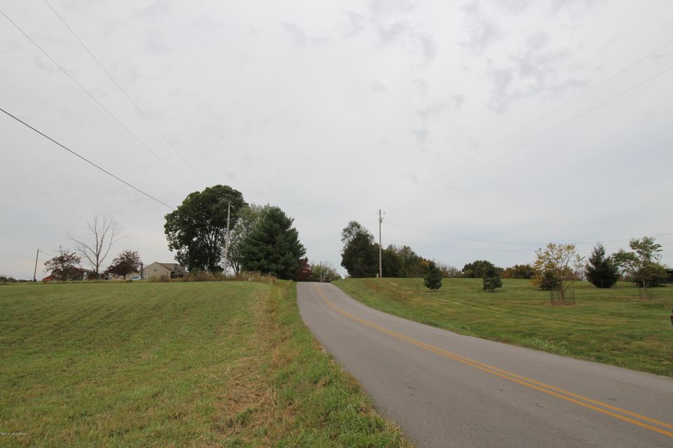 Additional photo for property listing at 1842 Bardstown  Waddy, Kentucky 40076 United States