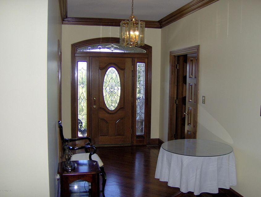 Additional photo for property listing at 2310 Running Brook Trail 2310 Running Brook Trail Fisherville, Kentucky 40023 United States