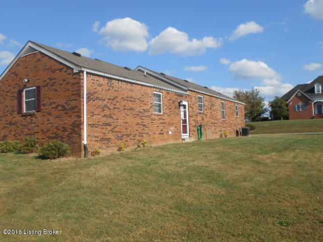 Additional photo for property listing at 1301 Templin Avenue  Bardstown, Kentucky 40004 United States