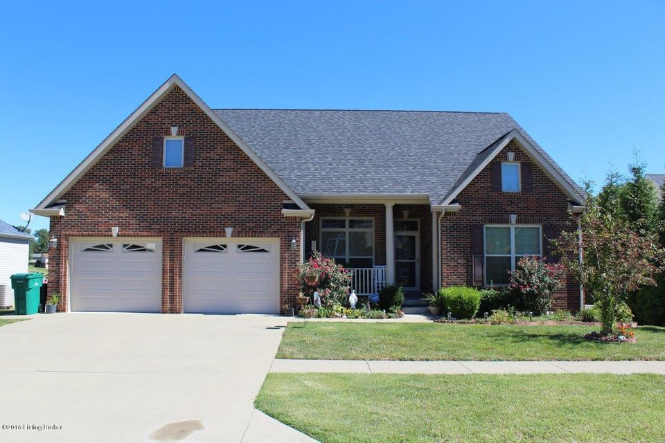 Single Family Home for Sale at 104 Maxwell Court Vine Grove, Kentucky 40175 United States