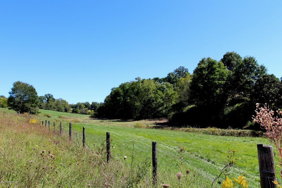 Additional photo for property listing at 1201 E Hwy 524  La Grange, Kentucky 40031 United States