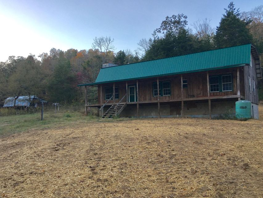 Additional photo for property listing at 1270 Poore Hollow Lane  Tompkinsville, Kentucky 42167 United States