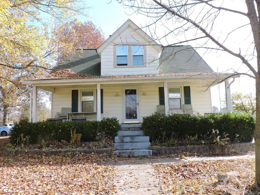 Single Family Home for Sale at 1910 Hwy 79 1910 Hwy 79 Brandenburg, Kentucky 40108 United States