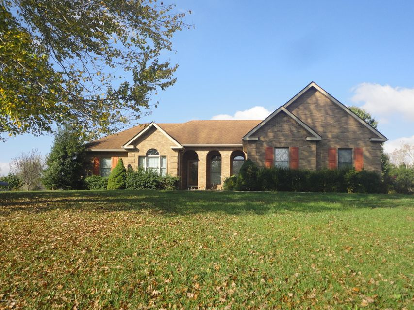 Single Family Home for Sale at 12320 Leitchfield Road Cecilia, Kentucky 42724 United States