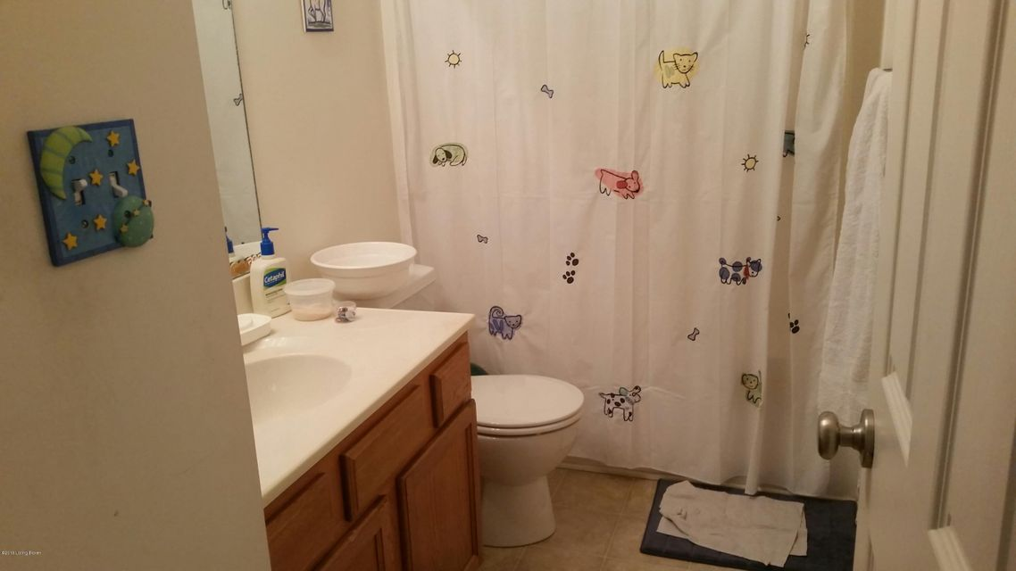 Additional photo for property listing at 5507 Worthington Place Drive  Louisville, Kentucky 40241 United States