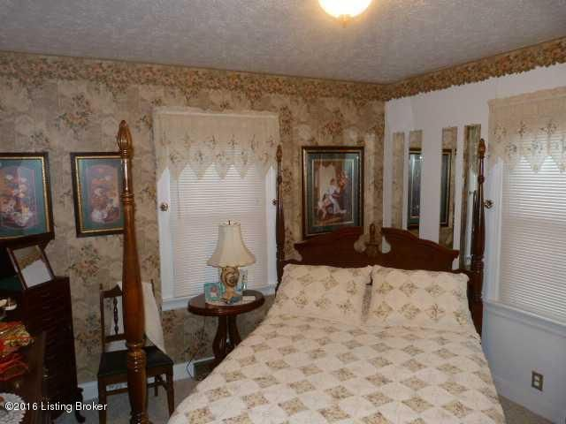 Additional photo for property listing at 1463 N third Street  Bardstown, Kentucky 40004 United States