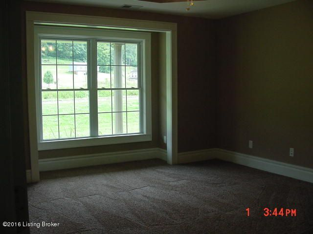 Additional photo for property listing at 504 Red Leaf Drive  Carrollton, Kentucky 41008 United States