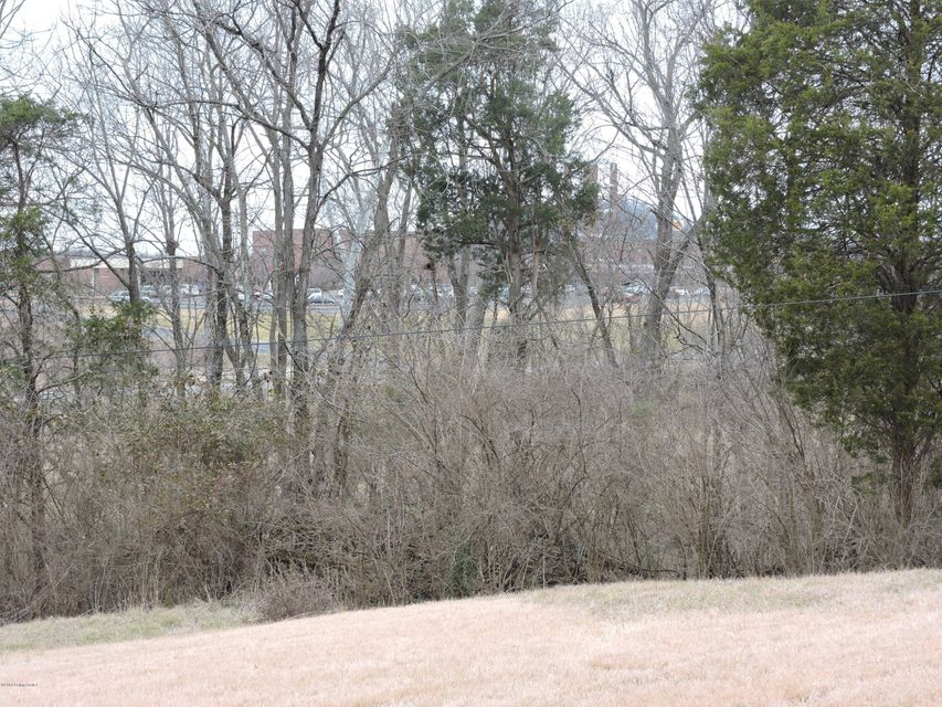 Additional photo for property listing at 1714 W Hebron  Shepherdsville, Kentucky 40165 United States