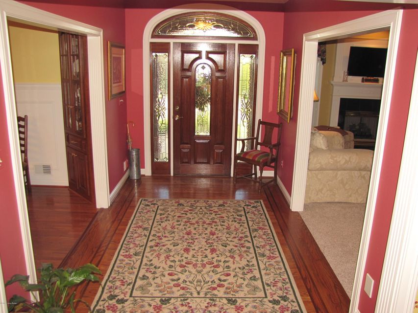 Additional photo for property listing at 110 Laurel Drive  Bardstown, Kentucky 40004 United States