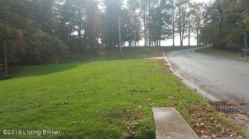 Additional photo for property listing at 3025 Reflection  Floyds Knobs, Indiana 47119 United States
