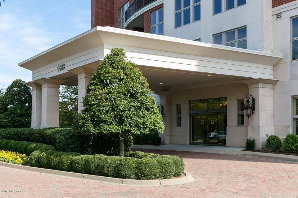 Condominium for Sale at 6600 Seminary Woods Place Louisville, Kentucky 40241 United States