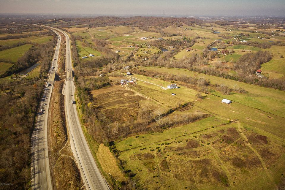 Additional photo for property listing at 2166 Buzzard Roost Road  Waddy, Kentucky 40076 United States